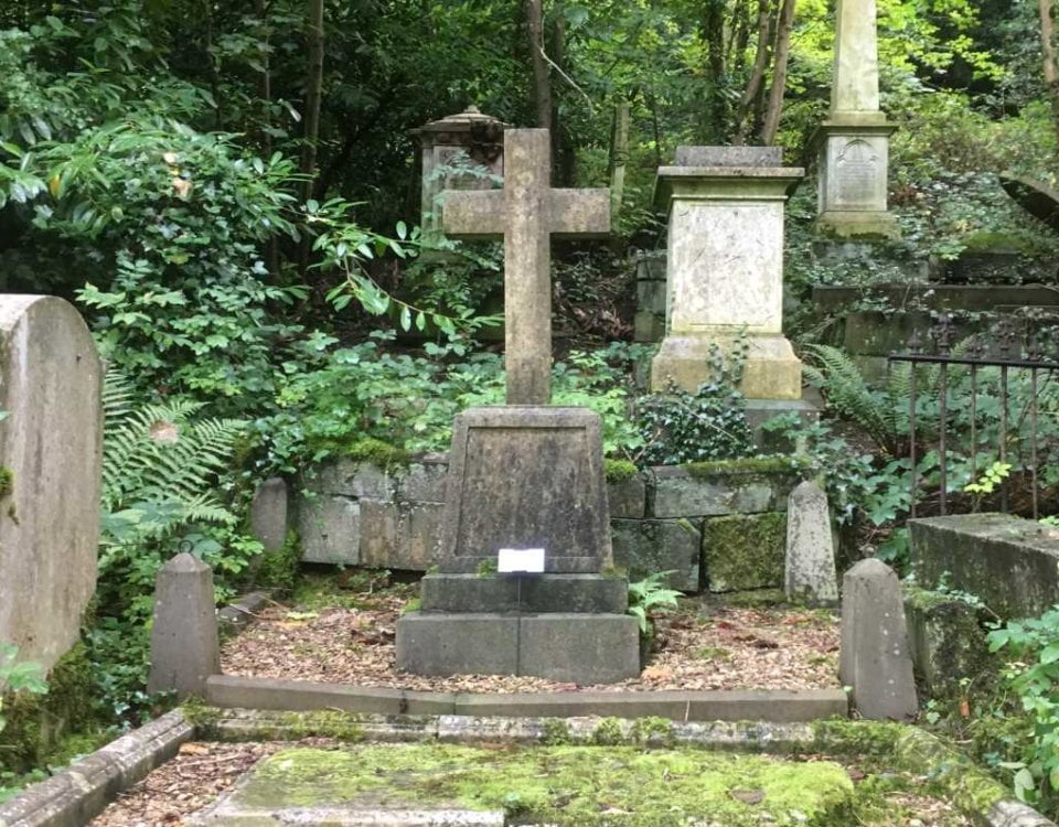 Mary Carpenters grave at Arnos Vale